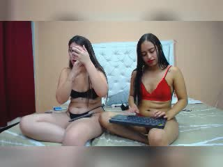 alessiaftwens on 2021-10-08 at Xlovecams