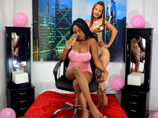 dominicandamber on 2021-03-08 at Xlovecams