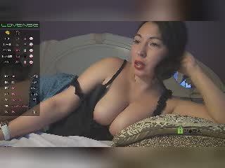 hotlioness on 2021-10-16 at Xlovecams